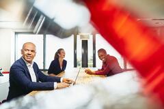 contracting job market outlook salary snapshot 2021